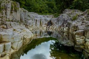 伊南川渓谷の柱状節理